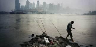 """Çin'de çevre adına """"rekor"""" ceza"""