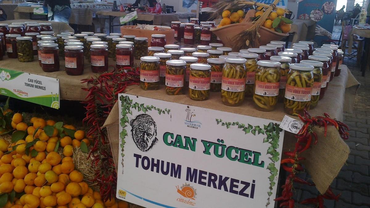 Can Yücel tohum Merkezi'nde yetişen doğal sebzelerden elde edilen ürünler