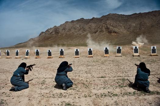Lynsey Addario. Kabul'de polislik eğitimi alan dul kadınlar