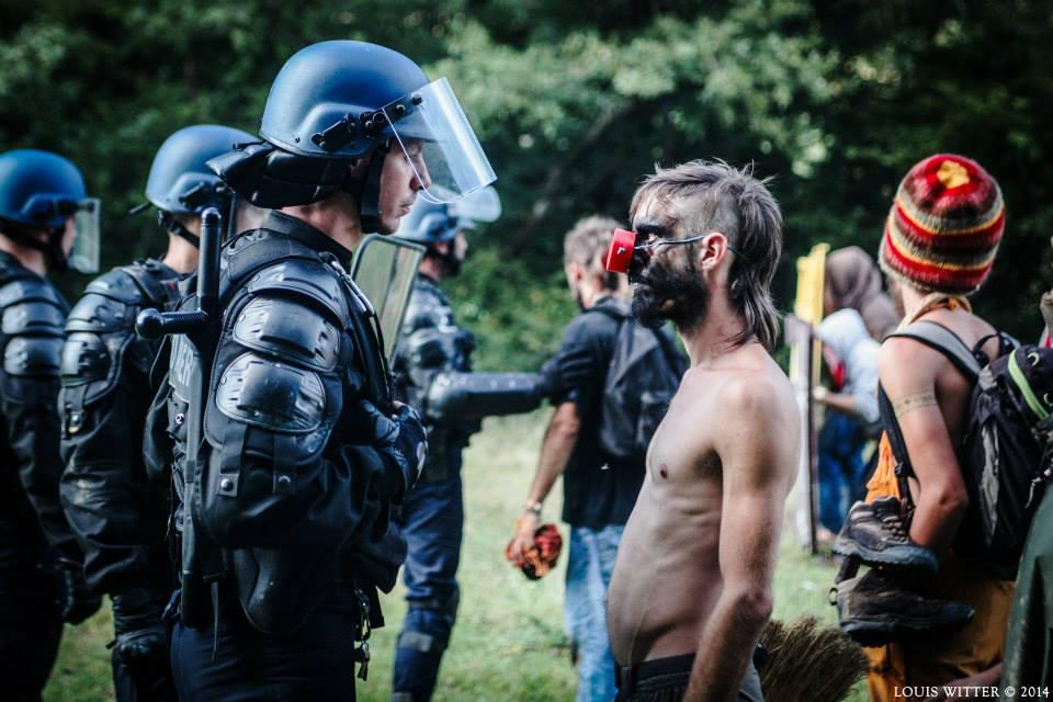 FRANSA'DA ÇEVRE İÇİN DİRENENLER: ZADİSTLER