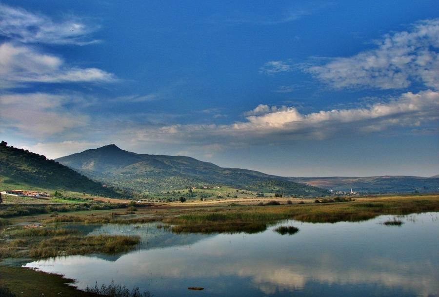 Marmara Gölü 1