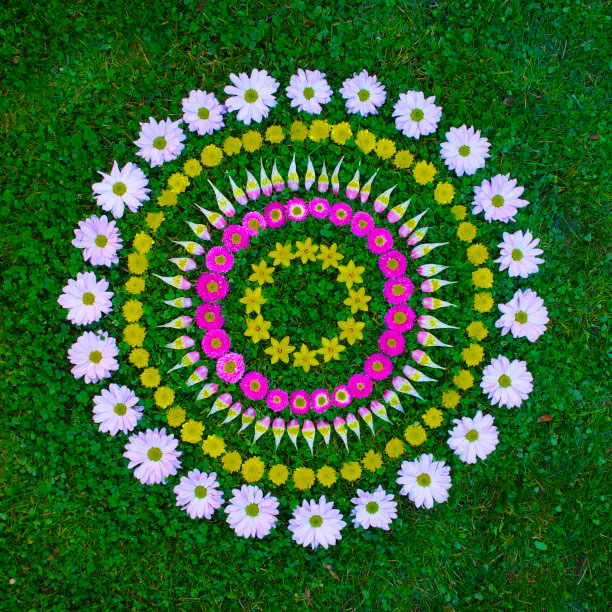 flower-mandalas-by-kathy-klein-10