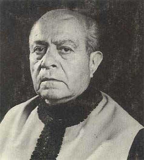Ahmed Arif 3