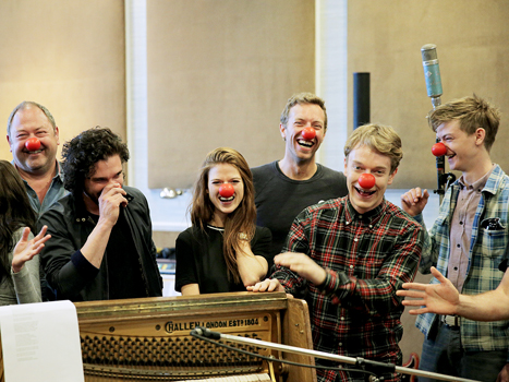 Game-of-Thrones-Chris-Martin-Red-Nose-Day