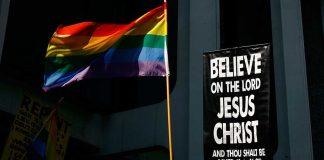 Protestan Kilisesi eşcinsel evliliği onayladı