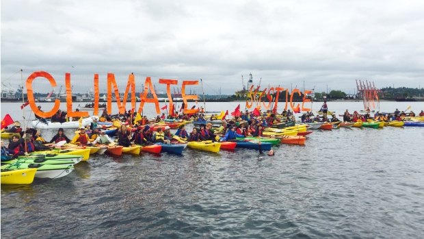 Paddle in Seattle 6