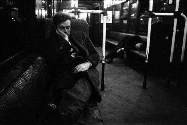 Stanley Kubrick NYC Metro 3  Stanley Kubrick'in objektifinden 1945 yılının New York metrosu Stanley Kubrick NYC Metro 3