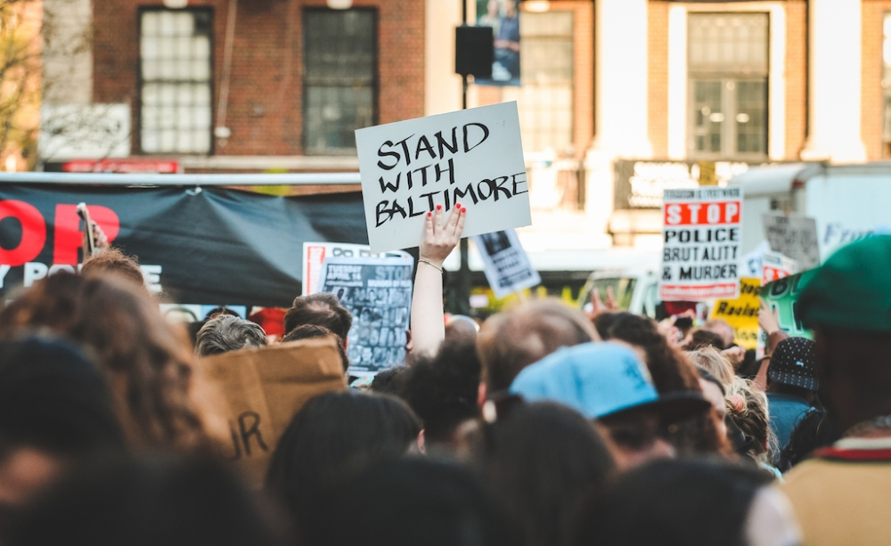 in-photos-new-yorkers-protest-in-solidarity-with-baltimore-body-image-1430388202