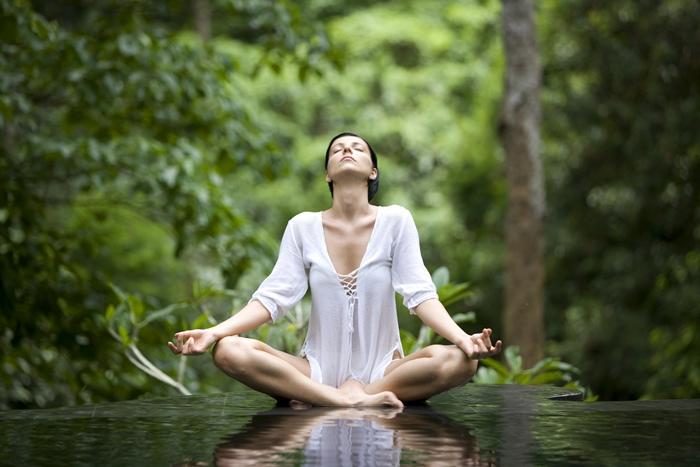 yoga-pose-istock_000005213985xlarge-2