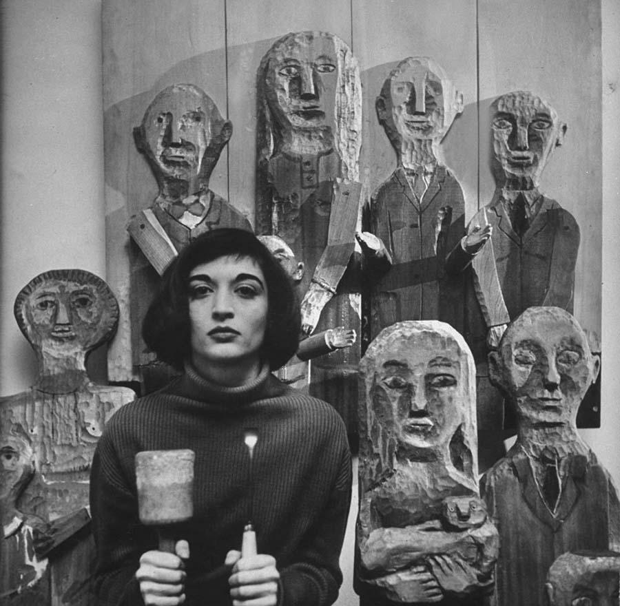 Marisol Escobar  Dali'den Picasso'ya: Efsanelerin büyülü çalışma alanları Marisol Escobar