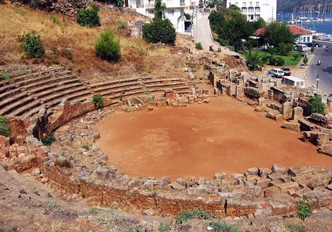 Telmessos Antik Tiyatrosu