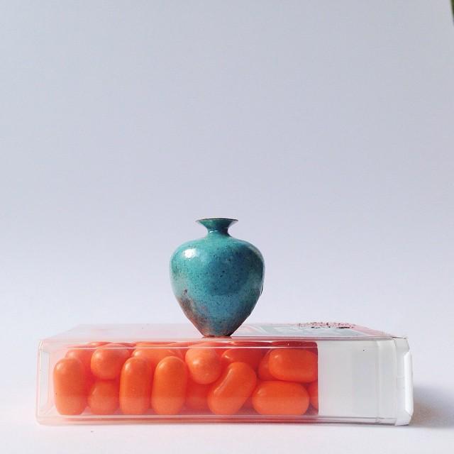 """Jon Almeda 14  """"Boyu değil işlevi önemli"""" algısını çürüten dünyanın en küçük seramikleri Jon Almeda 14"""