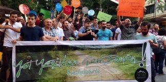 Ankara'da yalancı Yeşil Yol Projesi protesto edildi: Yol yeşilken geri dönün!