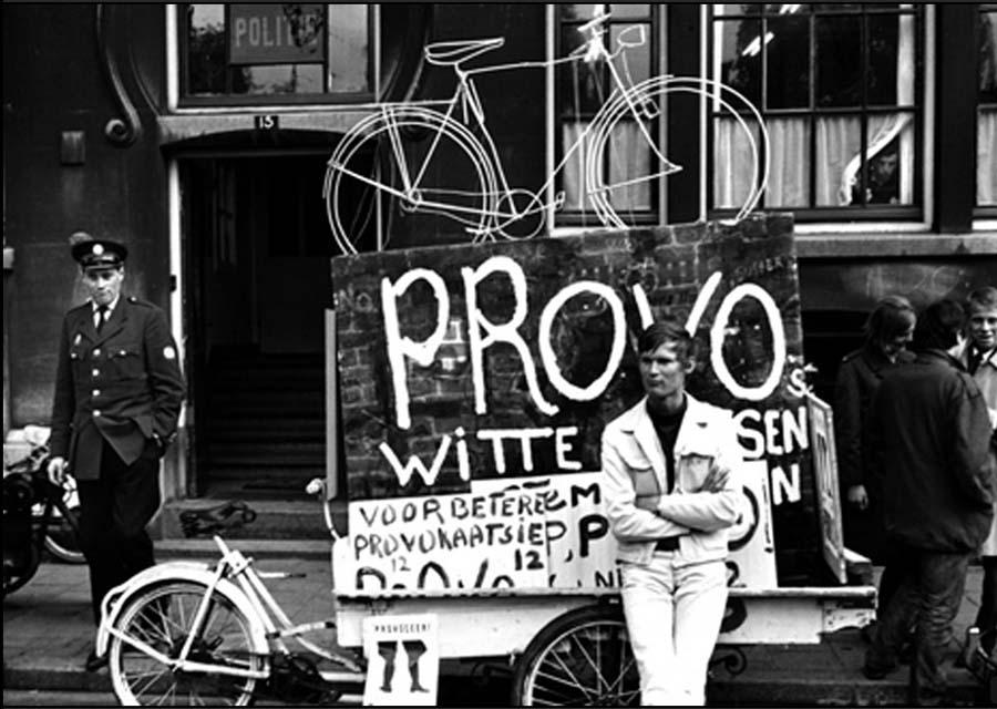 Beyaz Bisiklet HareketindenProvo Aktivisti