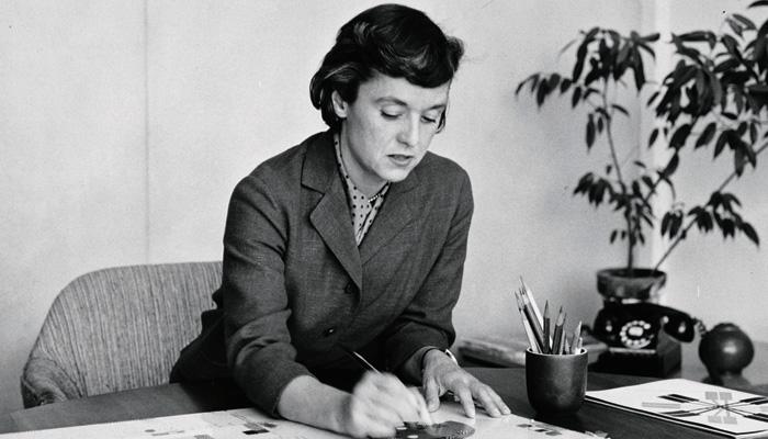 Florence Knoll Bassett  Ataerkil toplumları aşarak ilkleri gerçekleştiren 20 kadın mimar Florence Knoll Bassett