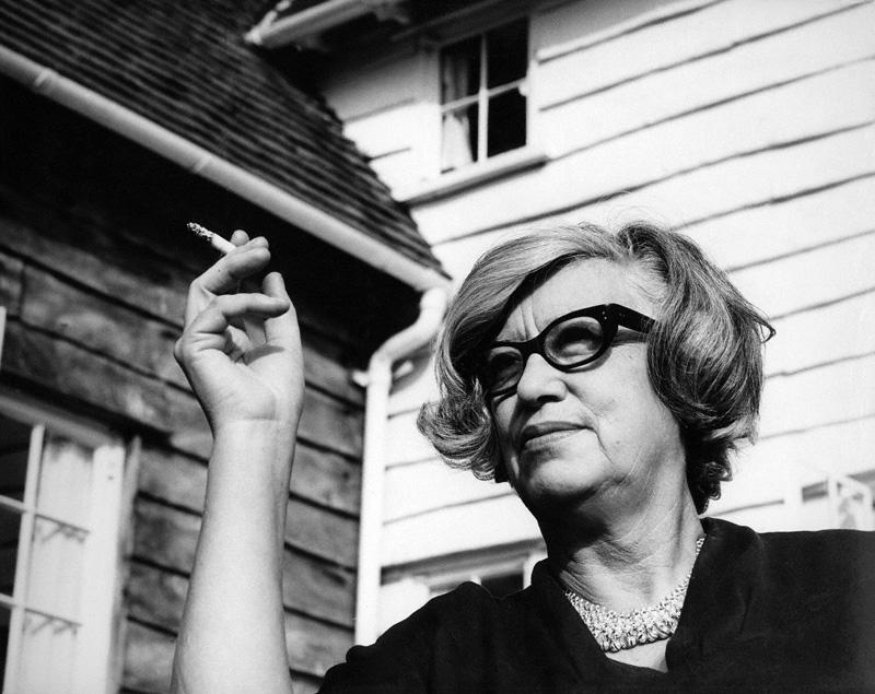 Jane-Drew  Ataerkil toplumları aşarak ilkleri gerçekleştiren 20 kadın mimar Jane Drew