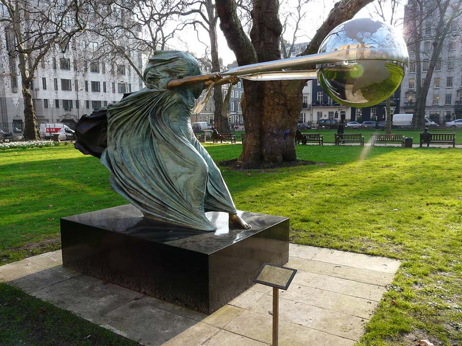 Lorenzo Quinn'den muhteşem Doğa Ana heykelleri 7