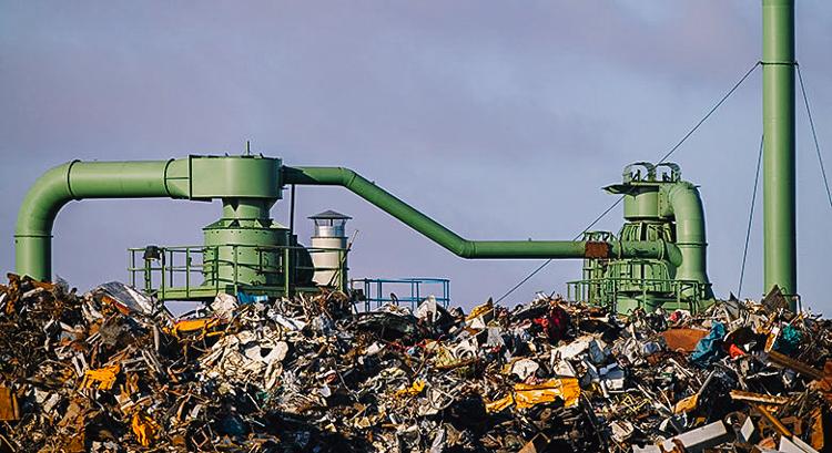 Çöp sahaları çöpleri enerjiye çevirecek ekipman sağlandığında metandan faydalanabilir.