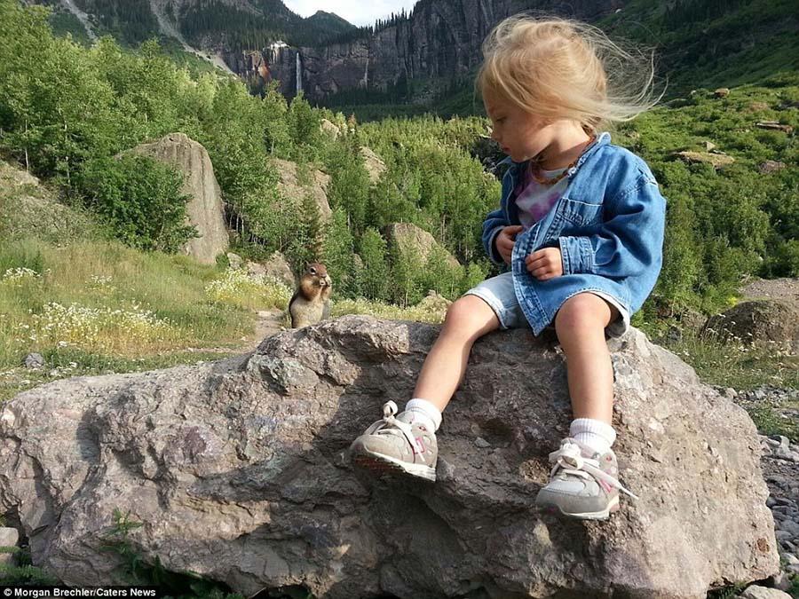 3 yaşındaki kızıyla doğayı keşfediyor 11