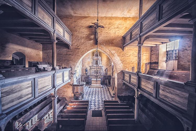 Anna Mika'nın objektifinden birbirinden güzel terk edilmiş mekan fotoğrafları 11