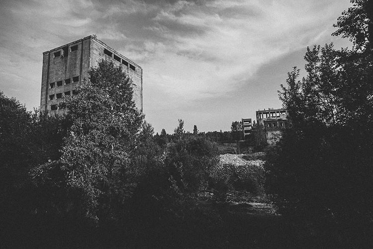 Anna Mika'nın objektifinden birbirinden güzel terk edilmiş mekan fotoğrafları 7