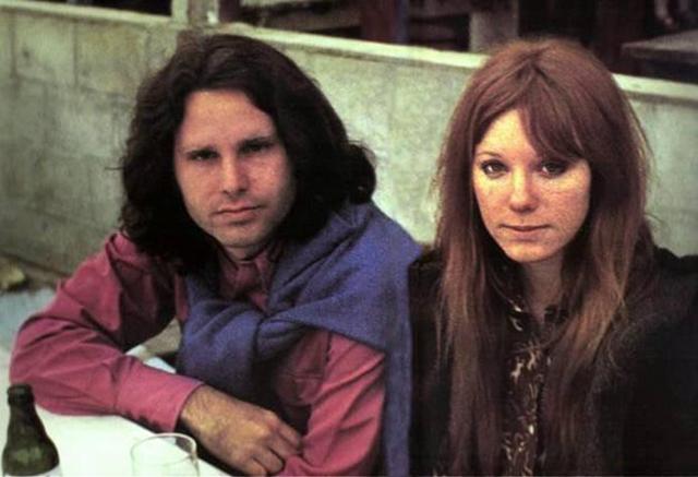 Jim Morrison'un ölmeden önceki bilinen son fotoğrafları 1