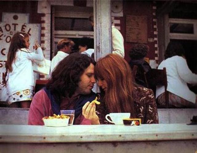 Jim Morrison'un ölmeden önceki bilinen son fotoğrafları 4