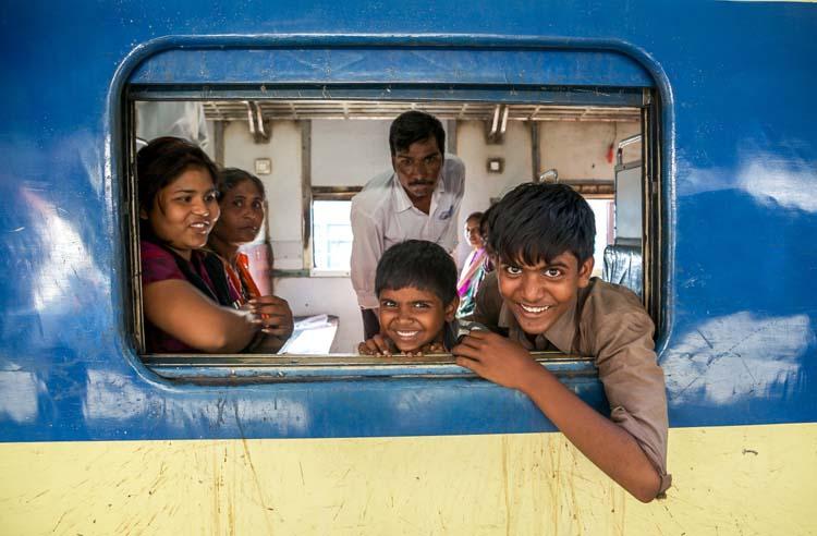 Yozlaşmaya esir olmamış Hindistan insanları ve sokakları 2c