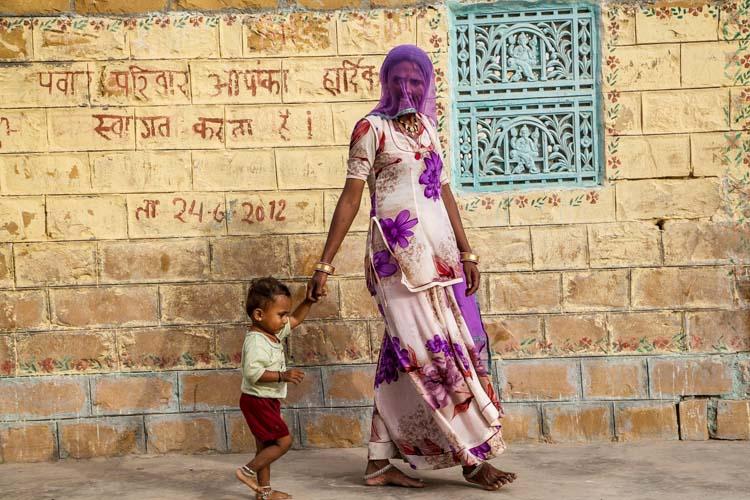 Yozlaşmaya esir olmamış Hindistan insanları ve sokakları 4c