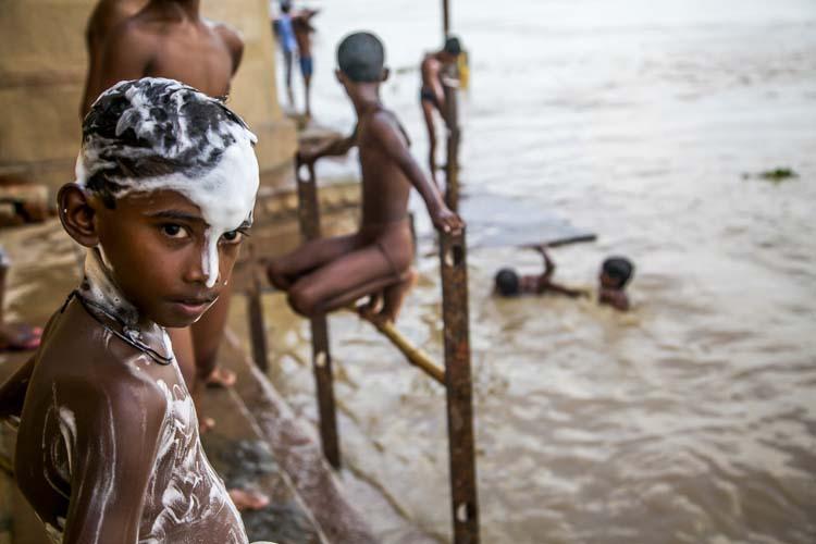 Yozlaşmaya esir olmamış Hindistan insanları ve sokakları 5a