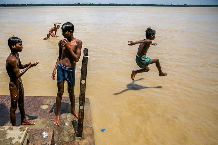 Yozlaşmaya esir olmamış Hindistan insanları ve sokakları 5b