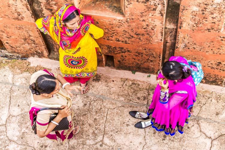 Yozlaşmaya esir olmamış Hindistan insanları ve sokakları 7b