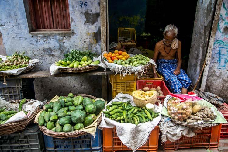 Yozlaşmaya esir olmamış Hindistan insanları ve sokakları 7c