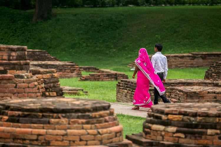Yozlaşmaya esir olmamış Hindistan insanları ve sokakları x1