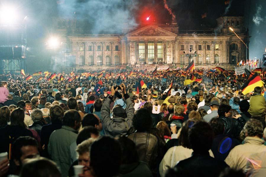 Alman yeniden birleşmesi 1