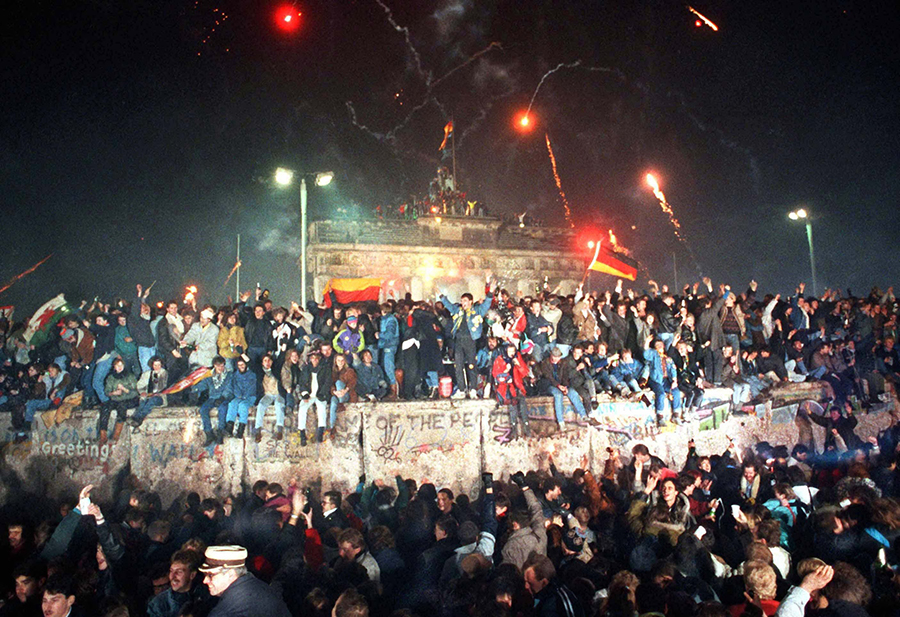 Silvester 1989 am Brandenburger Tor