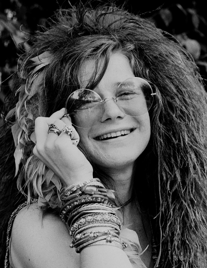 NEW YORK - JUNE 1970: Blues singer Janis Joplin on the roof garden of the Chelsea Hotel in June 1970 in New York City, New York. (Photo by David Gahr/Getty Images)
