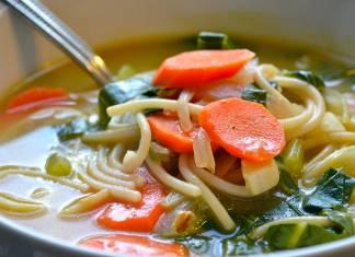 Besleyici kış lezzeti: Vegan sebze çorbası