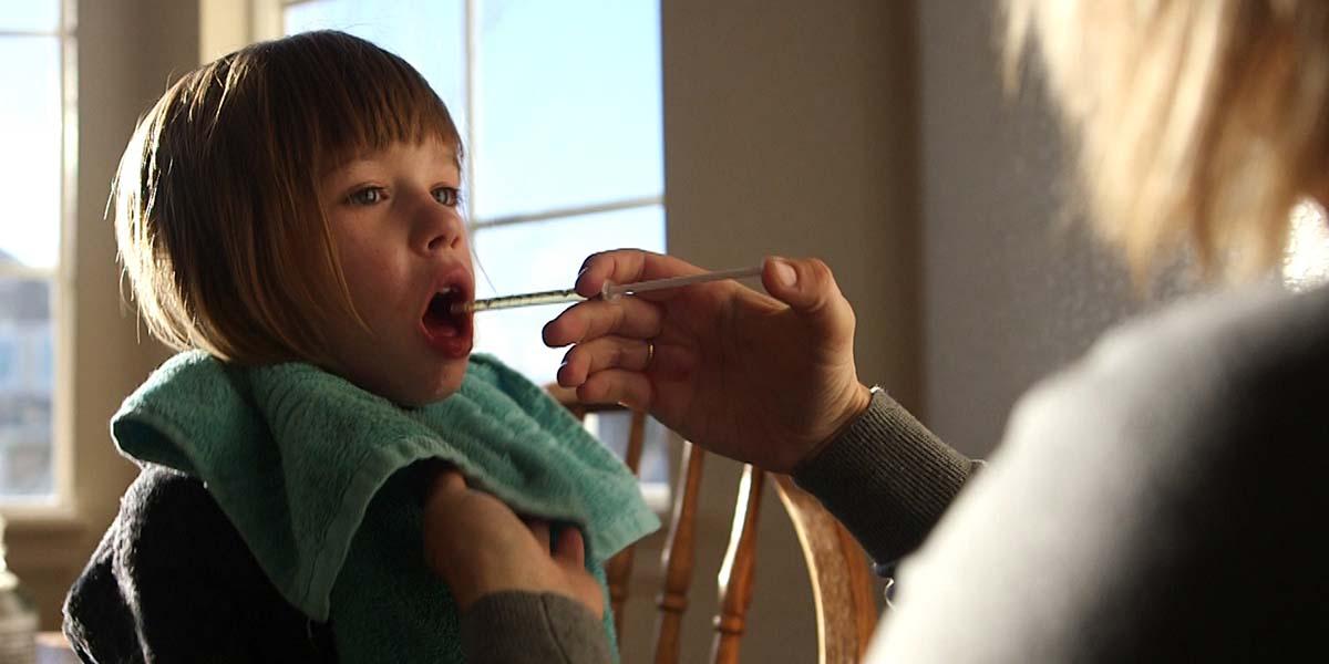 """""""Çocuklar için kenevir"""": Epilepsi hastası Lily hayata döndü"""