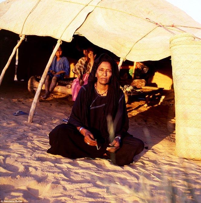 tuaregler 1  Kadını toplumun kalbi kabul eden anaerkil kabileler tuaregler 1
