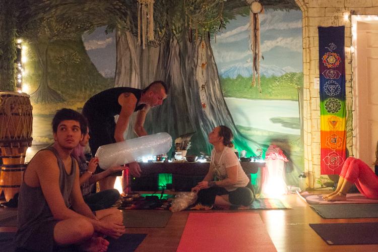 12_ganja-yoga-in-Toronto