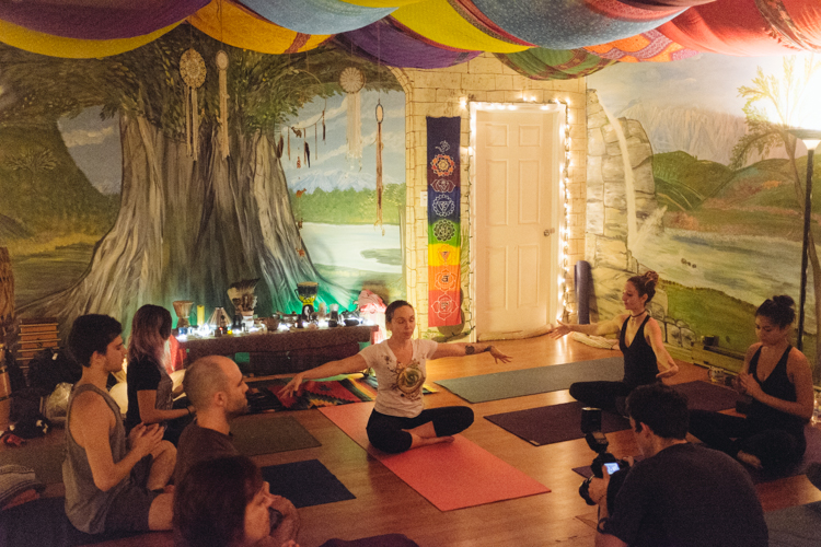 4_ganja-yoga-in-Toronto
