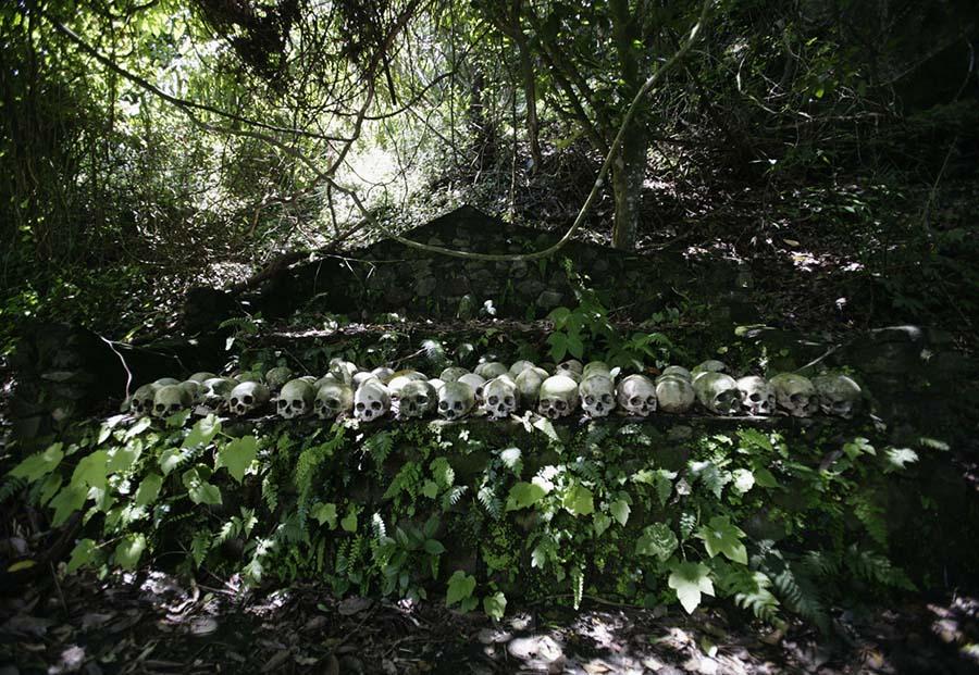 Kafatasları ve kemiklerle yeniden düzenlenen yeraltı mezarları 7