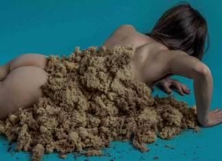 Fotoğraf sanatçısı Joanne Leah, uyuşturucu ve dini deneyimlerini sanatla betimliyor
