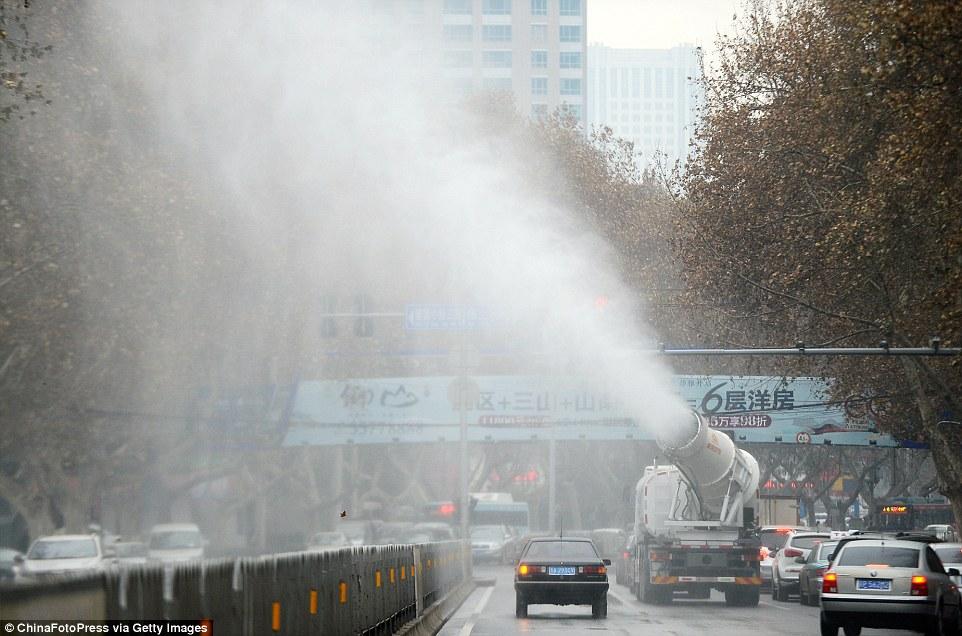 Çin hava kirliliğiyle savaşmak için suni yağmur oluşturmaya başladı 3