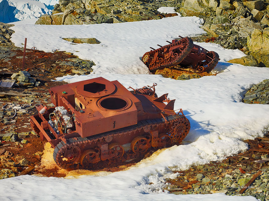6. Antarktika'da tanklar