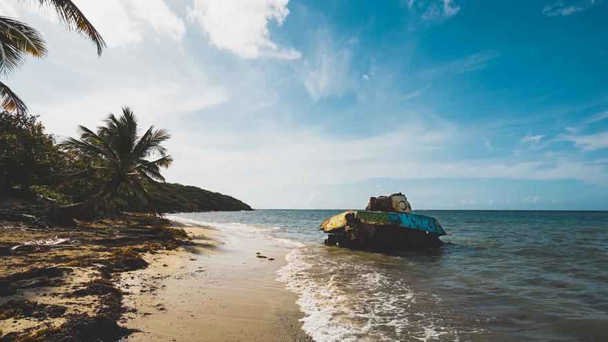 7. Culebra'daki Flamenko Plajı'nda bir tank, Porto Rico