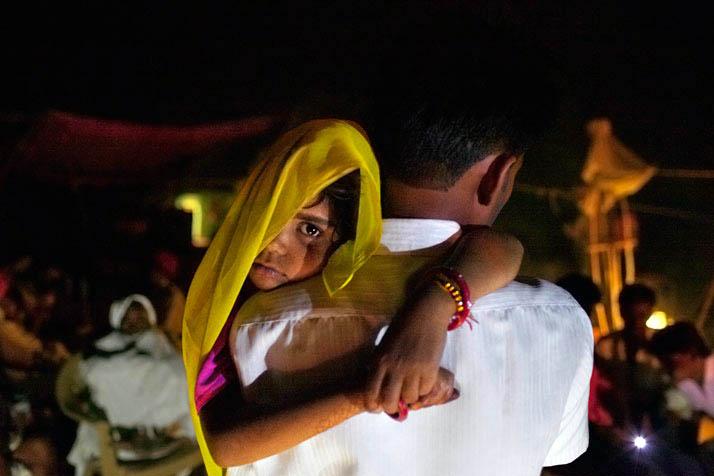 16 yaş altına sosyal medya yasağı, çocuk evliliklerine yorum yok