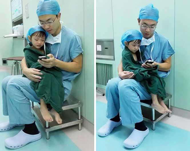 #4 2 yaşındaki hastasını kalp ameliyatı öncesinde sakinleştirmeye çalışan doktor