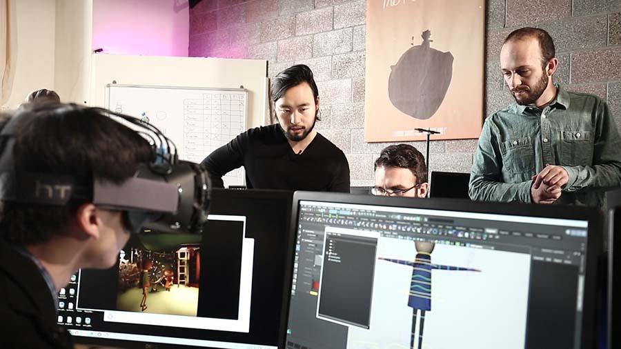 Penrose Studios CEO'su Eugene Chung San Francisco'da sanal gerçeklik çalışmaları yapıyor.